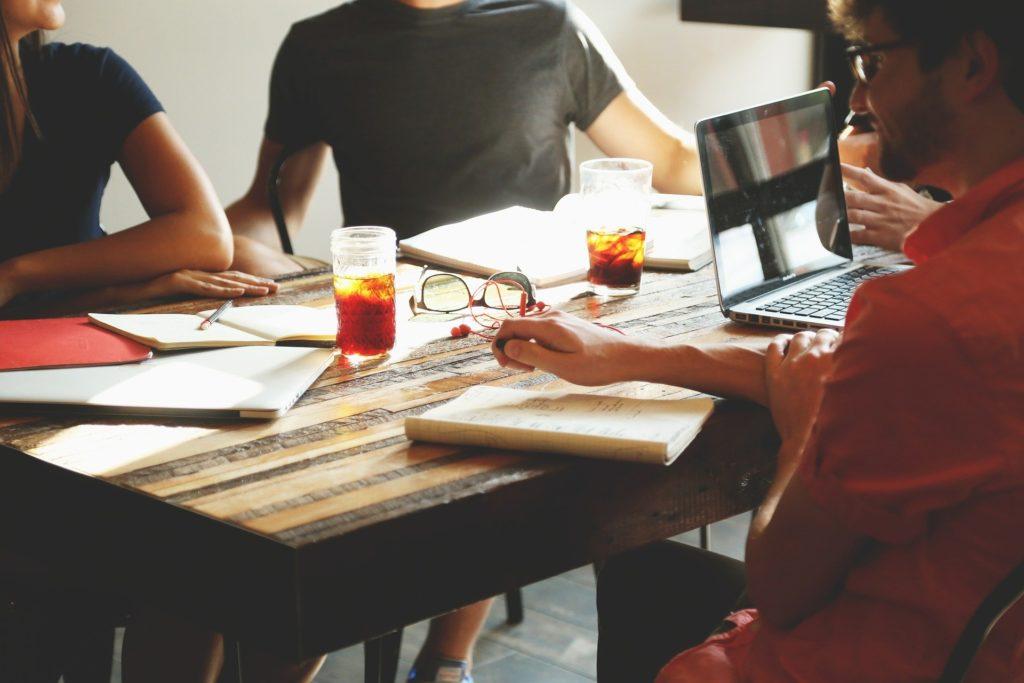 プロジェクトリーダーの役割とは?プロジェクトの正しい立ち上げ方