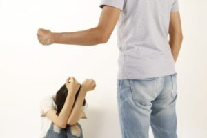 家庭暴力は連鎖する話