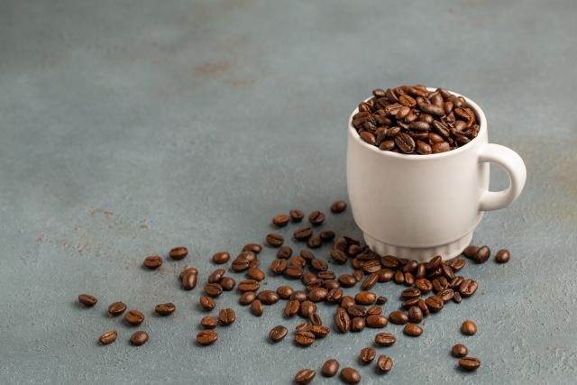 コーヒーは体に良いのか悪いのか?→いくつもの優れた健康効果があります。